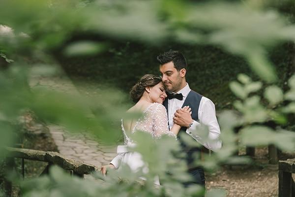 romantic-wedding-white-peonies_33