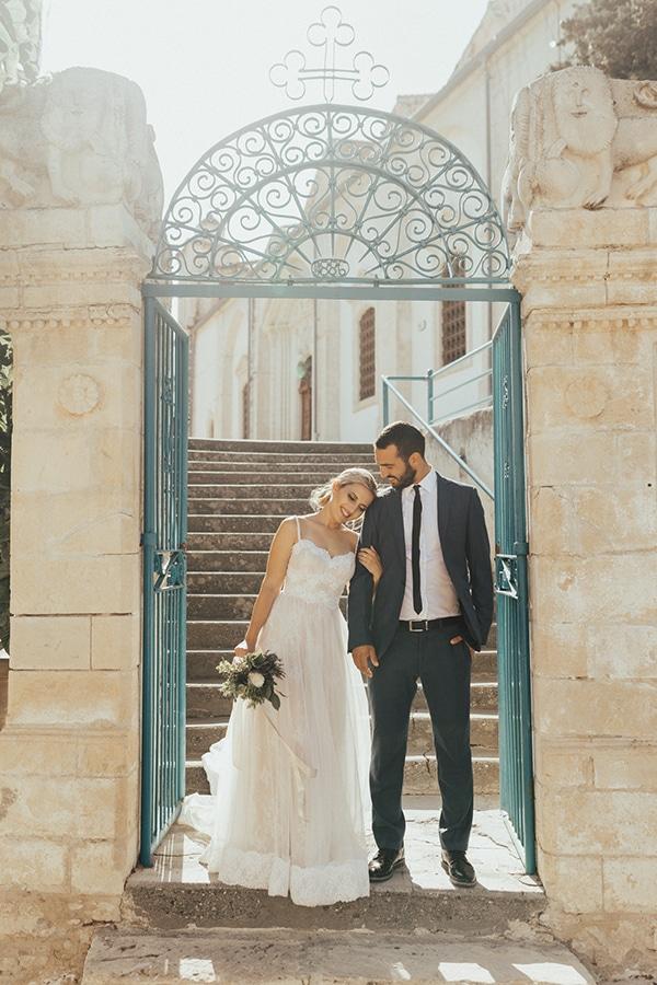 beautiful-summer-wedding-lefkara_01