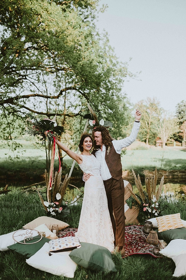 bohemian-chic-styled-shoot-rustic-wild-elements_05