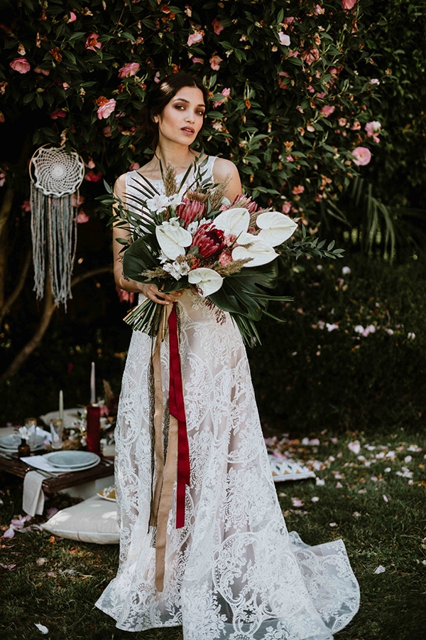 bohemian-chic-styled-shoot-rustic-wild-elements_09