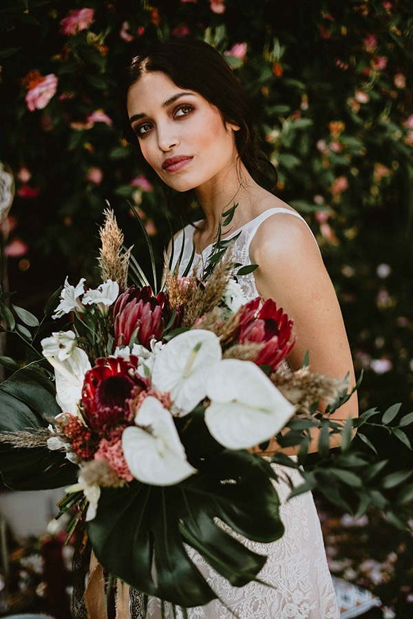 bohemian-chic-styled-shoot-rustic-wild-elements_10