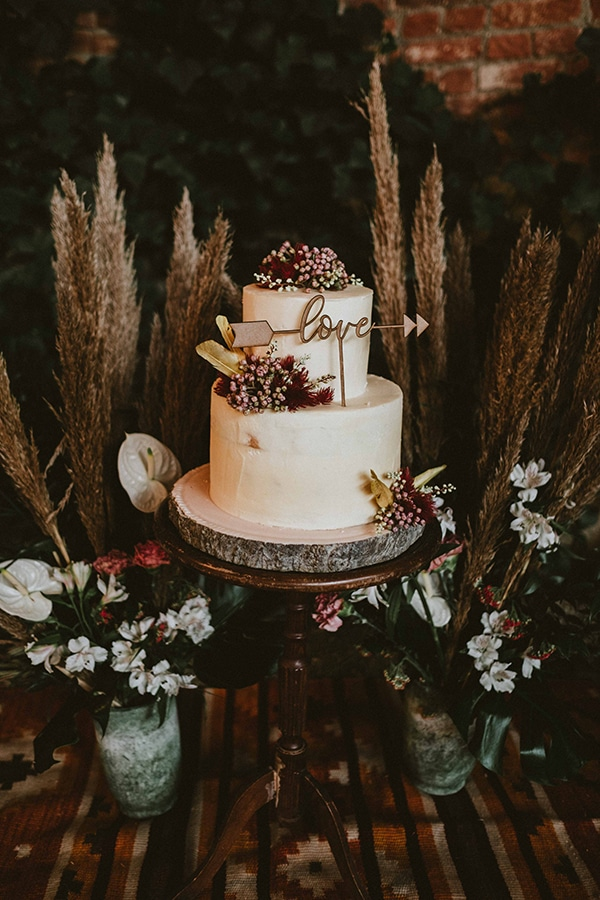 bohemian-chic-styled-shoot-rustic-wild-elements_16