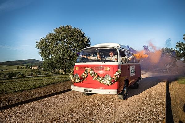 bohemian-colorful-wedding-tuscan-countryside_29