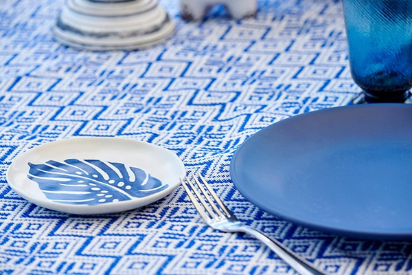bright-blue-tableware-matte-finish_06
