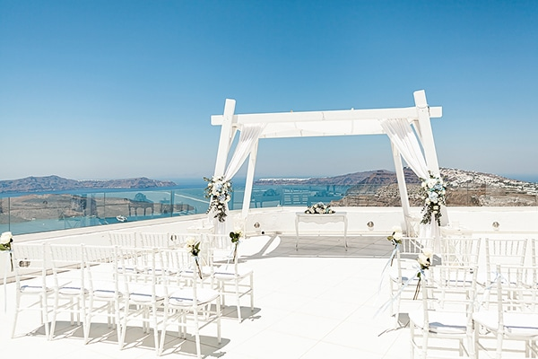 romantic-intimate-blue-white-wedding-santorini_16