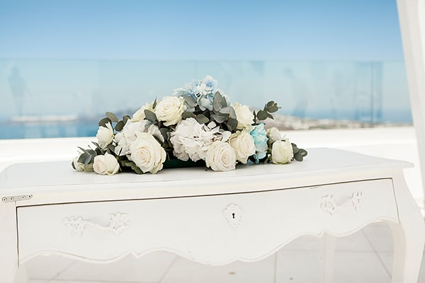 romantic-intimate-blue-white-wedding-santorini_17
