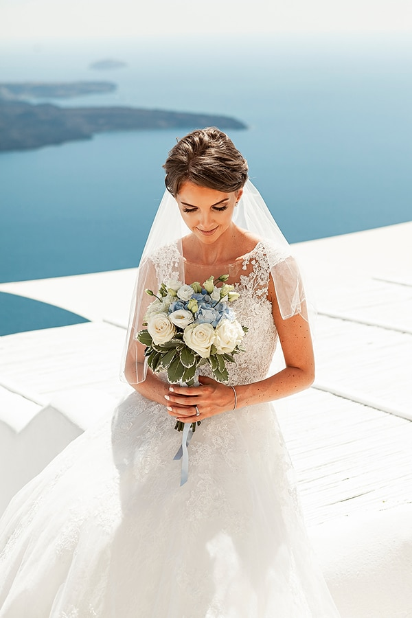 romantic-intimate-blue-white-wedding-santorini_36