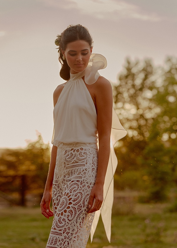 feminine-beautiful-wedding-dresses-chic-bridal-look_12