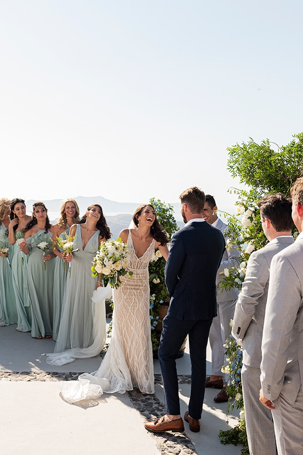 romantic-wedding-santorini-white-fresh-flowers-greenery_22