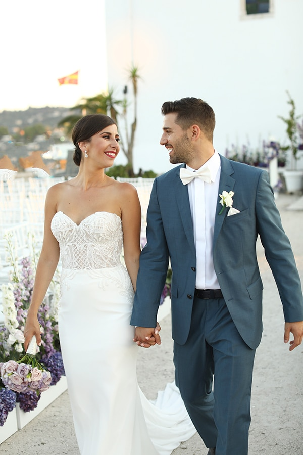 dreamiest-greek-island-wedding-purple-hues_02x