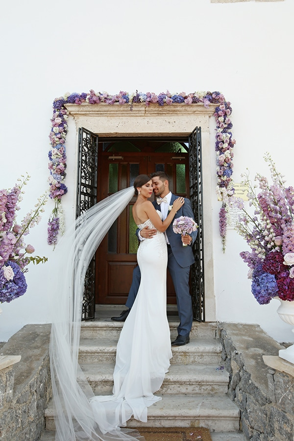 dreamiest-greek-island-wedding-purple-hues_03
