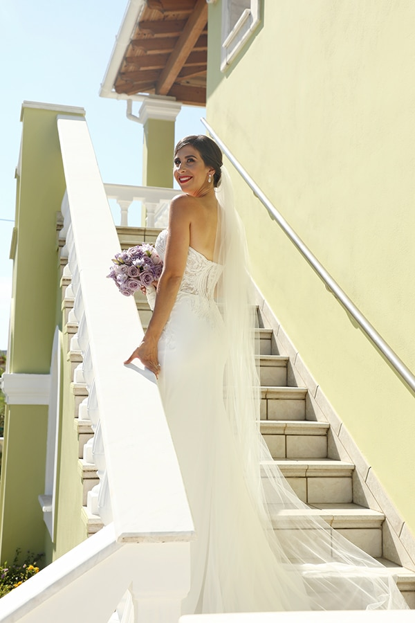 dreamiest-greek-island-wedding-purple-hues_05