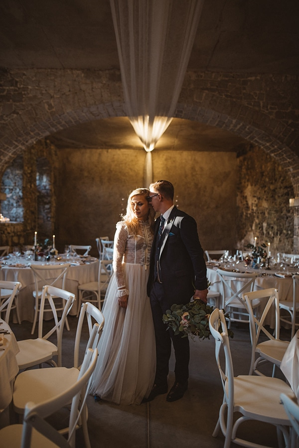 romantic-wedding-slovenia-rustic-natural-elements_30x