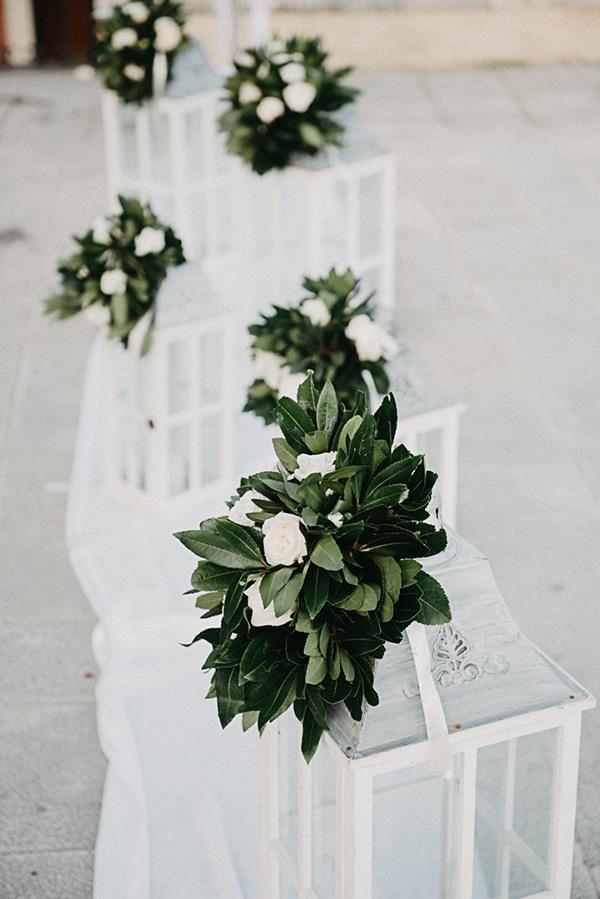 summer-wedding-olives-white-flowers_14
