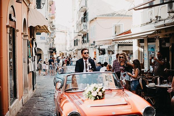 summer-wedding-olives-white-flowers_15