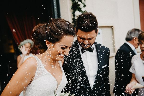 summer-wedding-olives-white-flowers_22