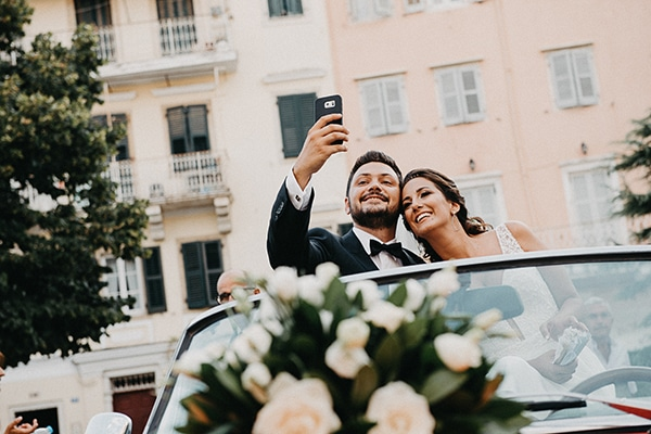 summer-wedding-olives-white-flowers_24
