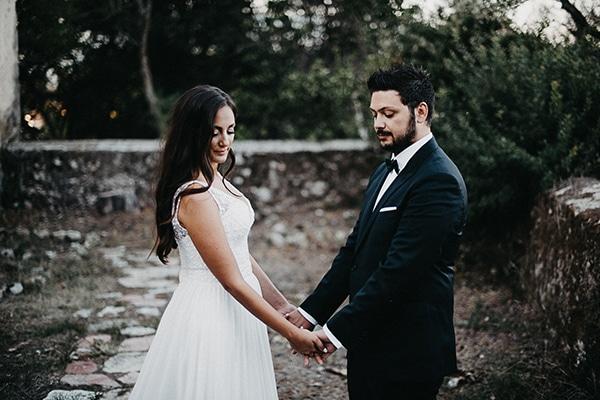 summer-wedding-olives-white-flowers_32