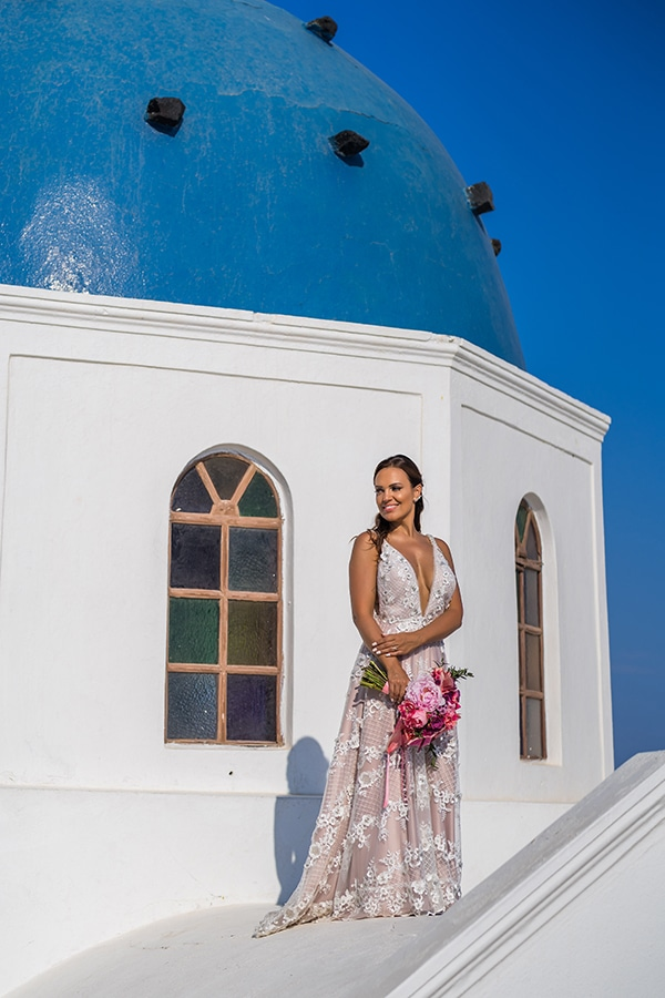 beautiful-intimate-santorini-wedding-fresh-fuchsia-flowers_22