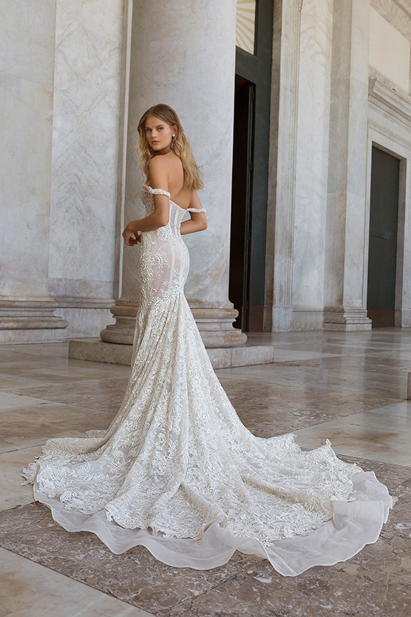 glamorous-wedding-dresses-breathtaking-bridal-look-berta-2020-collection_01