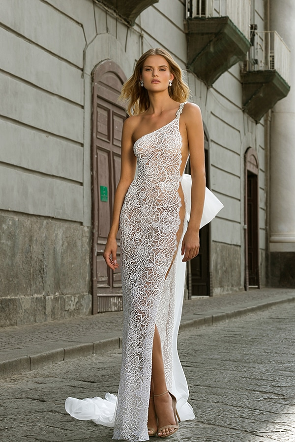 glamorous-wedding-dresses-breathtaking-bridal-look-berta-2020-collection_07