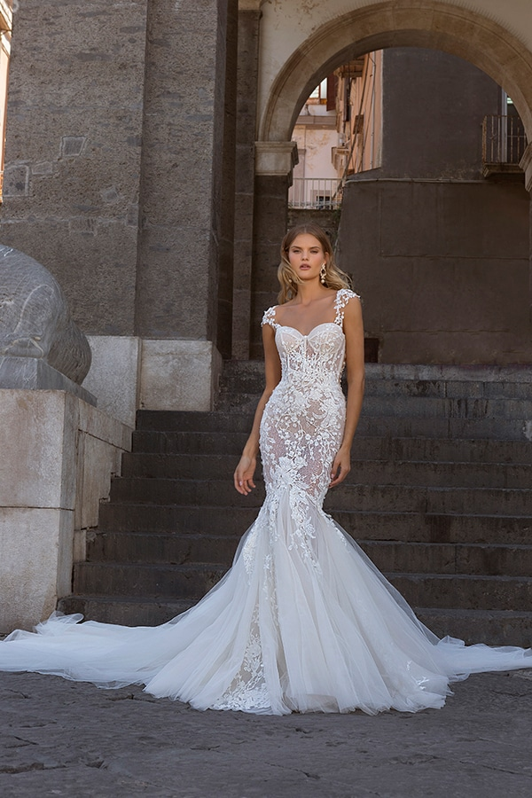 glamorous-wedding-dresses-breathtaking-bridal-look-berta-2020-collection_30