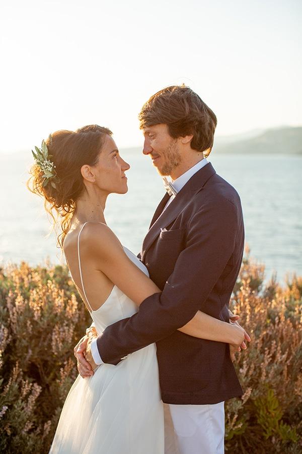 gorgeous-natural-wedding-athens-white-flowers_01
