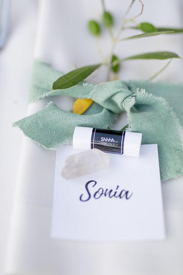 gorgeous-natural-wedding-athens-white-flowers_35