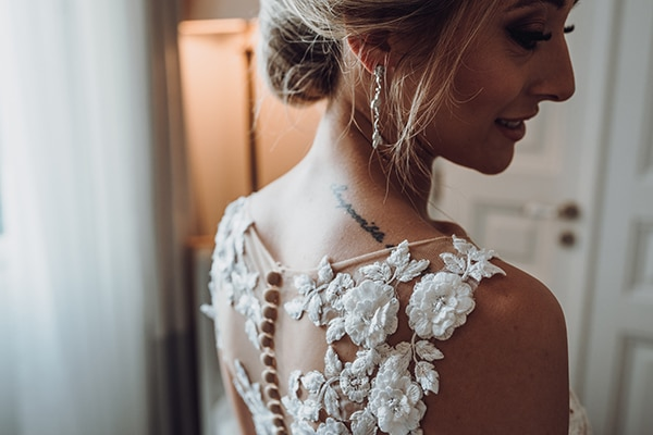 greco-italian-summer-wedding-spetses-white-gold-details_07