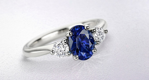 sparkly-unique-rings-engagement_02