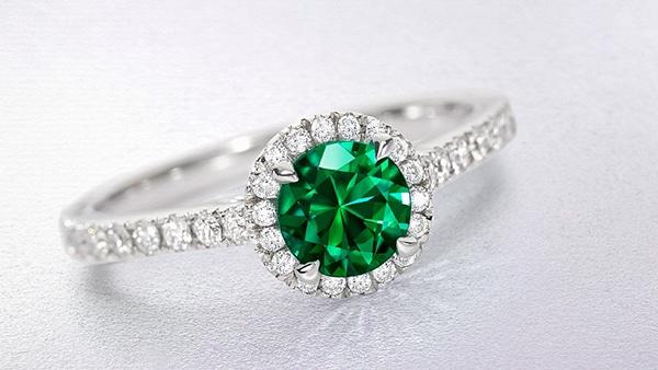 sparkly-unique-rings-engagement_04