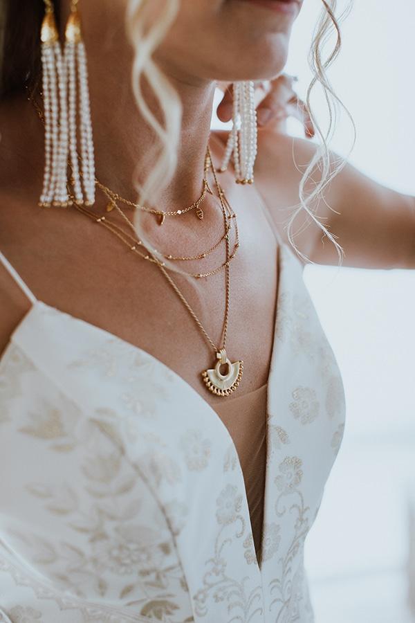 bohemian-style-wedding-lefkada-abundance-earthy-colors-and-textures_10
