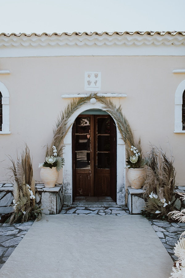 bohemian-style-wedding-lefkada-abundance-earthy-colors-and-textures_15
