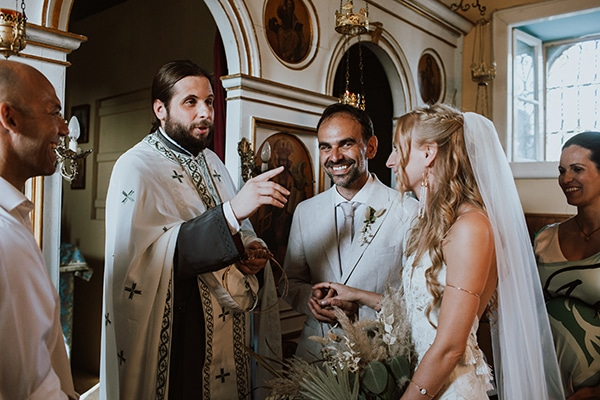 bohemian-style-wedding-lefkada-abundance-earthy-colors-and-textures_24