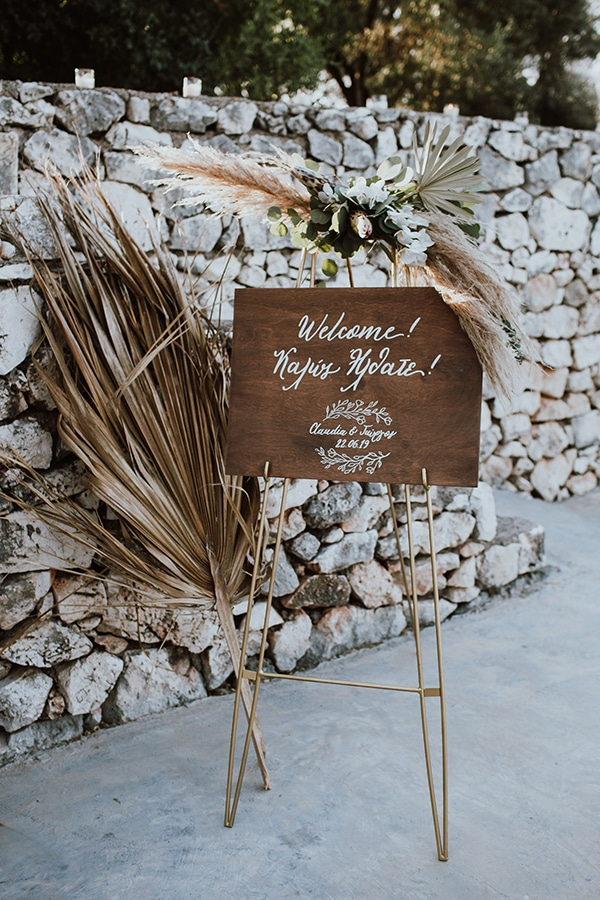 bohemian-style-wedding-lefkada-abundance-earthy-colors-and-textures_26
