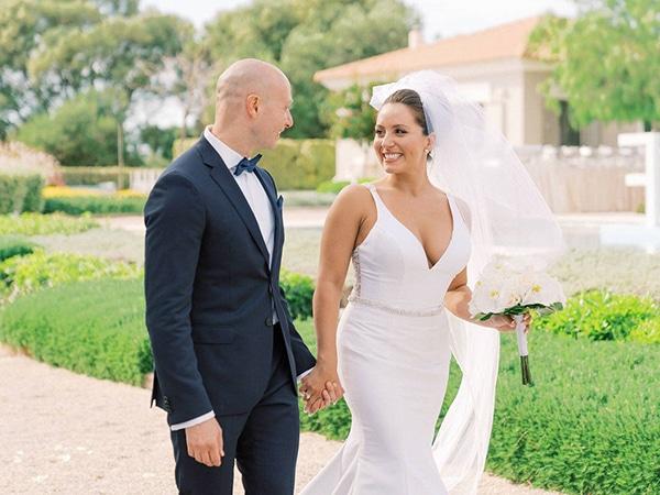 luxurious-wedding-kefalonia-neutral-color-hues_01