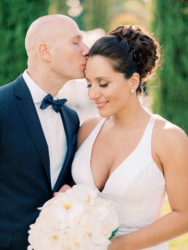 luxurious-wedding-kefalonia-neutral-color-hues_02