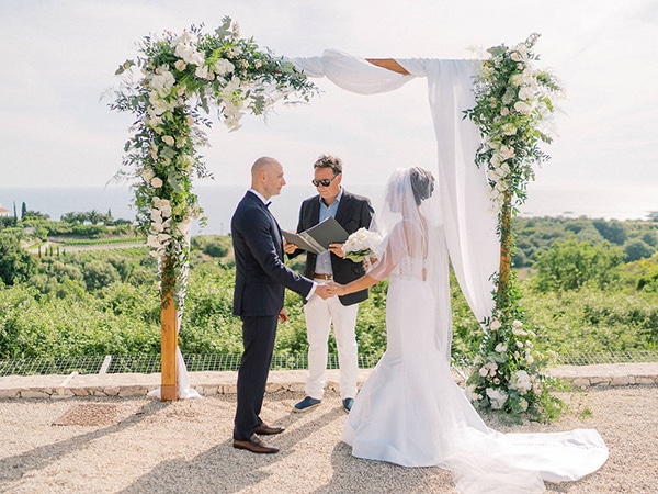 luxurious-wedding-kefalonia-neutral-color-hues_24