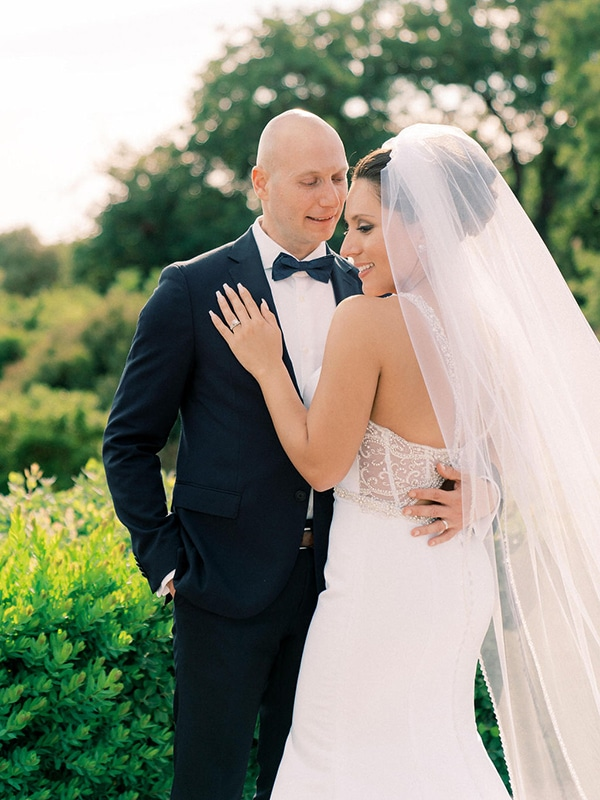 luxurious-wedding-kefalonia-neutral-color-hues_41
