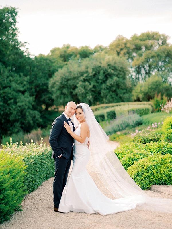 luxurious-wedding-kefalonia-neutral-color-hues_44
