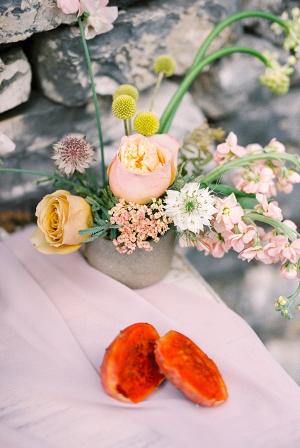 romantic-fall-whimsical-styled-shoot-pure-nature_07x