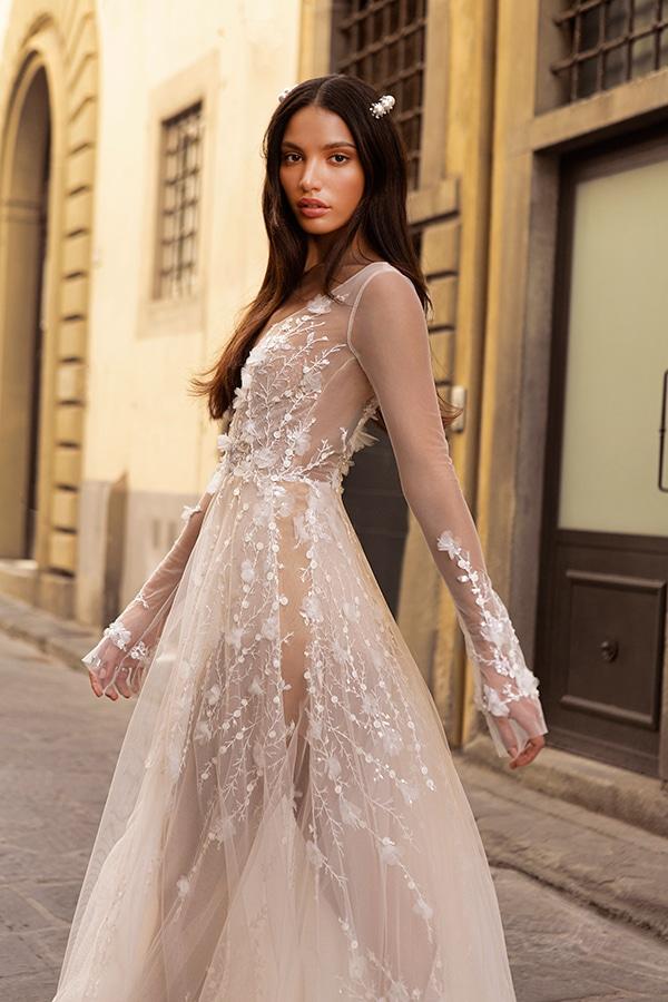 sophisticated-boho-chic-berta-wedding-gowns-muse-berta-fw-2020_04