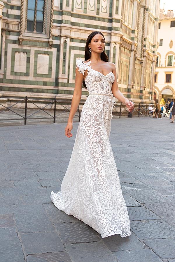 sophisticated-boho-chic-berta-wedding-gowns-muse-berta-fw-2020_08