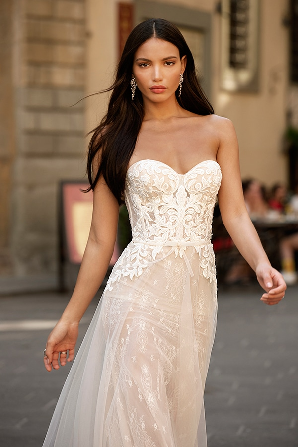 sophisticated-boho-chic-berta-wedding-gowns-muse-berta-fw-2020_09
