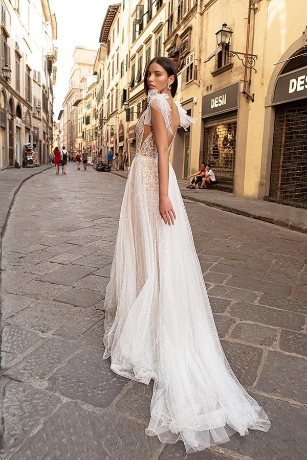 sophisticated-boho-chic-berta-wedding-gowns-muse-berta-fw-2020_10