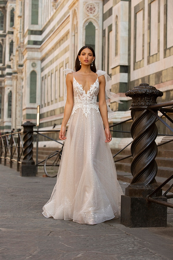 sophisticated-boho-chic-berta-wedding-gowns-muse-berta-fw-2020_12