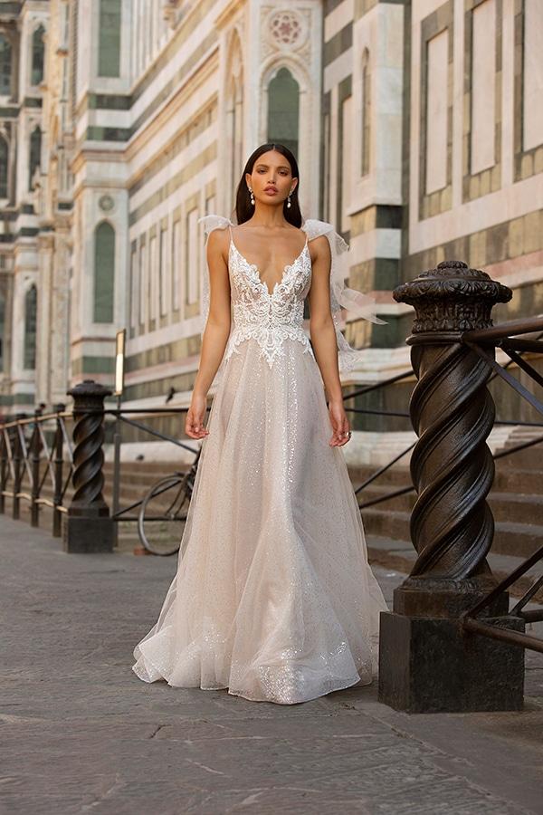 sophisticated-boho-chic-berta-wedding-gowns-muse-berta-fw-2020_12