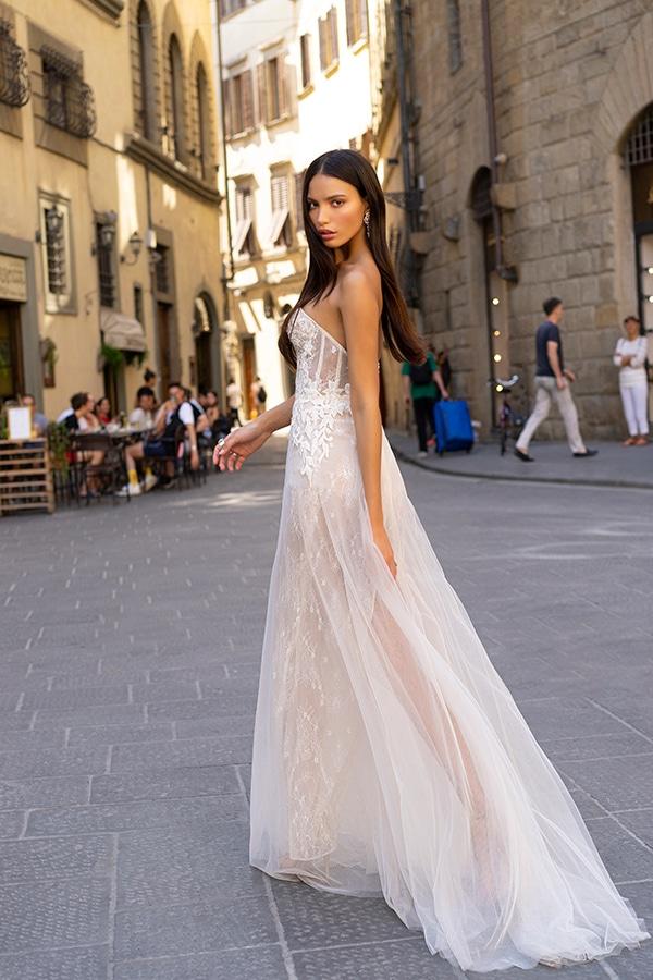 sophisticated-boho-chic-berta-wedding-gowns-muse-berta-fw-2020_15