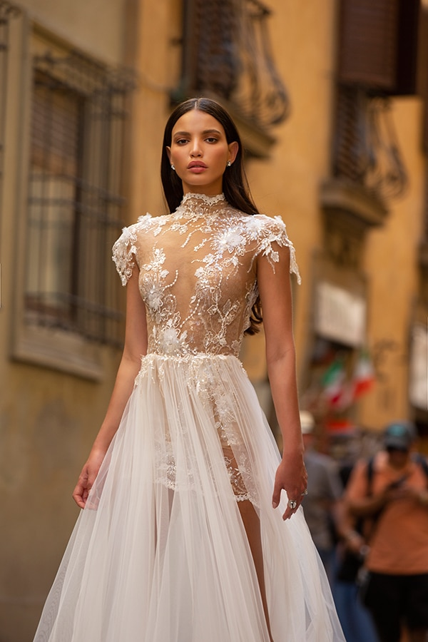 sophisticated-boho-chic-berta-wedding-gowns-muse-berta-fw-2020_18