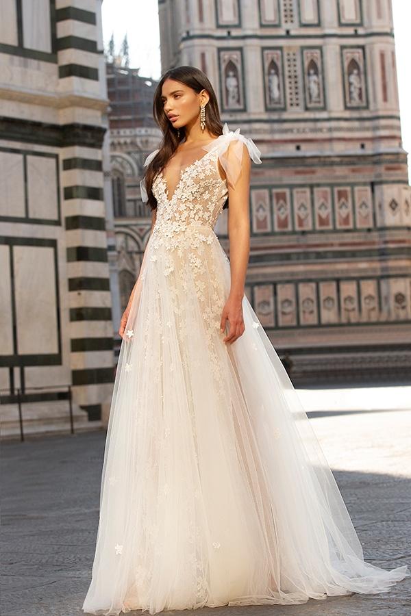 sophisticated-boho-chic-berta-wedding-gowns-muse-berta-fw-2020_20